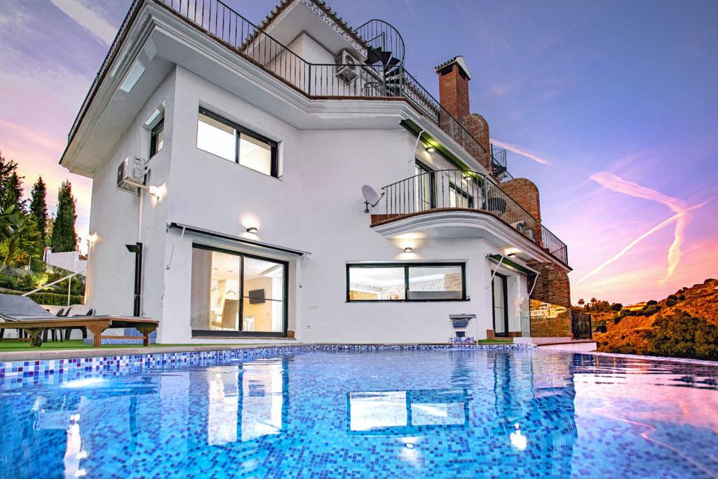 Villa Exclusive Málaga Villas y Apartments Rentals Beach Sol 37